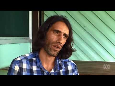 Journalist Behrouz Boochani Reports That Some Refugees Were Beaten By PNG Police