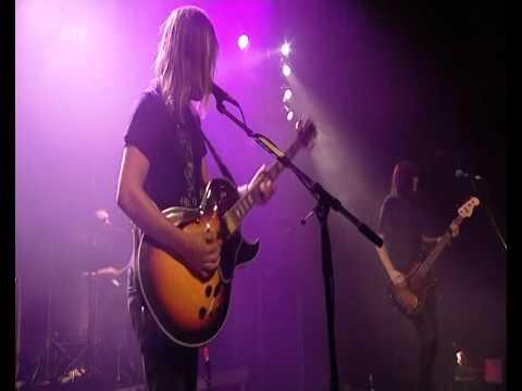 Band Of Skulls - Cold Fame (Live At The Reeperbahn Festival)