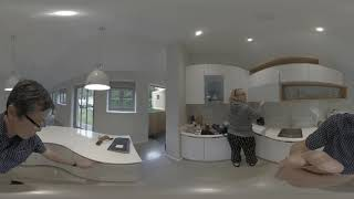 Gambar cover Oxford AirBnB - 360 video