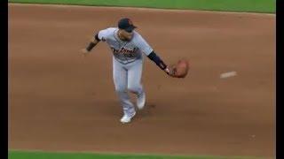 MLB Amazing Glove Flips