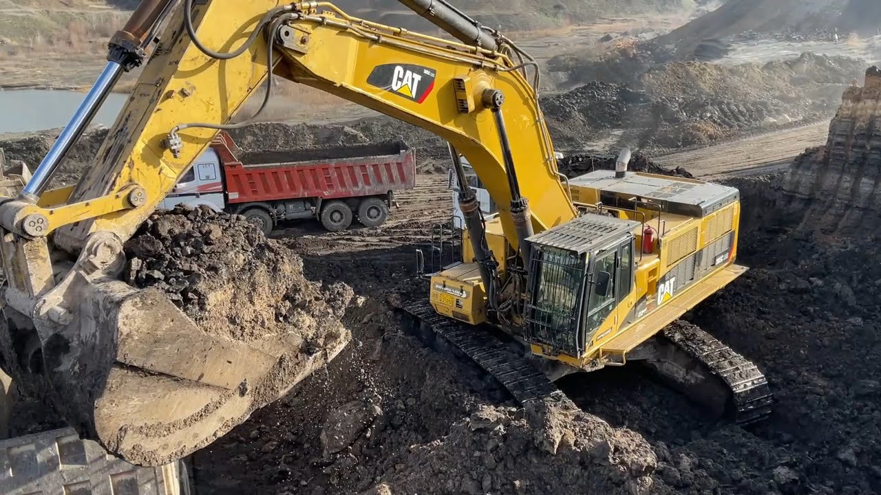 Download Caterpillar 385C Excavator Loading Trucks - Sotiriadis/Labrianidis Mining Works