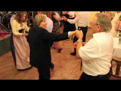 Verheiratete Paare und Swinger Clubs in MünsterKaynak: YouTube · Süre: 8 dakika44 saniye