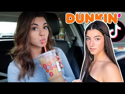 TRYING Charli D'amelio's DUNKIN Donuts DRINK!