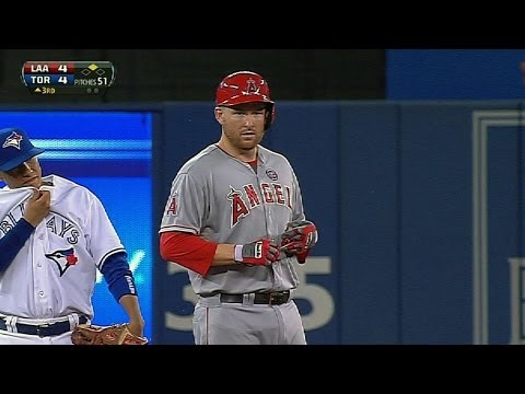 Trumbo goes 5-for-5, scores five times