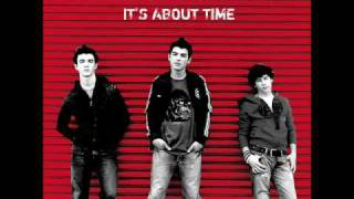 05. 6 Minutes - Jonas Brothers - It's About Time  With Lyrics + Download Lin