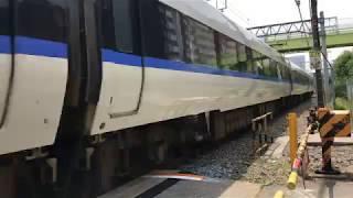 貨物線を走る サンダーバード 一人ひとりの思いを、届けたい JR西日本