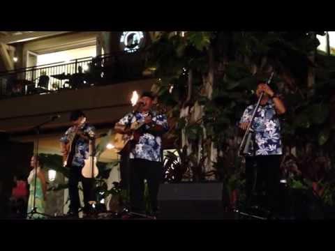 Manoa Madness - Na Aliʻi Puolani ~ Kokeʻe