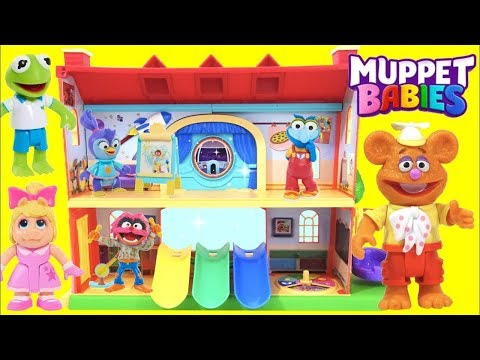 Disney Junior Muppet Babies Schoolhouse Playset with Kermit, Piggy and Fozzie Bear