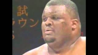 285 кг против 71кг,сумоист и боец ММА,БОЙ,хит