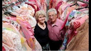 За 56 лет брака он купил жене 55 000 платьев. Столько даже у диснеевских принцесс нет