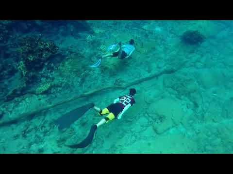 Labuan Cermin (Never Free Dive Alone)