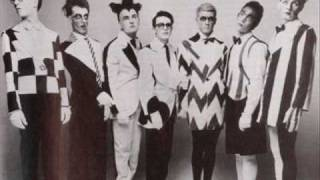Watch Split Enz The Woman Who Loves You video
