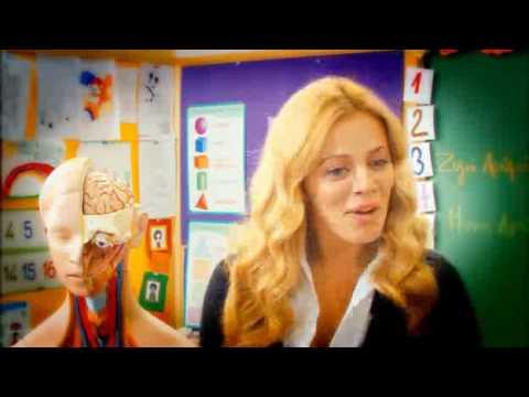 Η Αριέττα Μουτούση στην ταινία Σούλα Έλα Ξανά from YouTube · Duration:  7 minutes 15 seconds