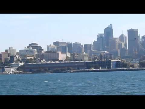 Awesome views of  Rushcutters Bay, Darling Point & Sydney (skyline, Opera House, Harbour Bridge)