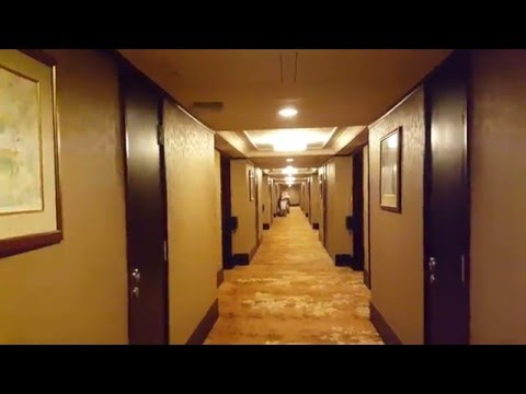 Royal Plaza Hotel stay room tour