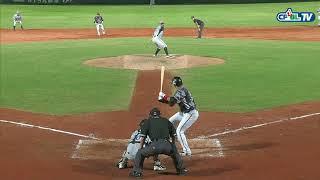 09/22 兄弟 vs 統一 五局下,潘彥廷揮出投手正面強襲球,直擊艾迪頓的左手,也打回了1分