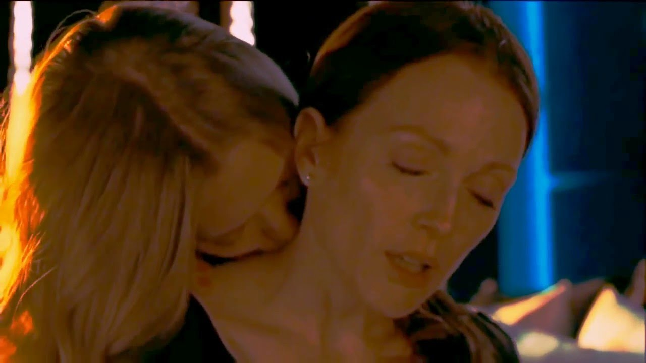 Amanda Seyfried Chloe Scene catherine and chloe || i can't stay away