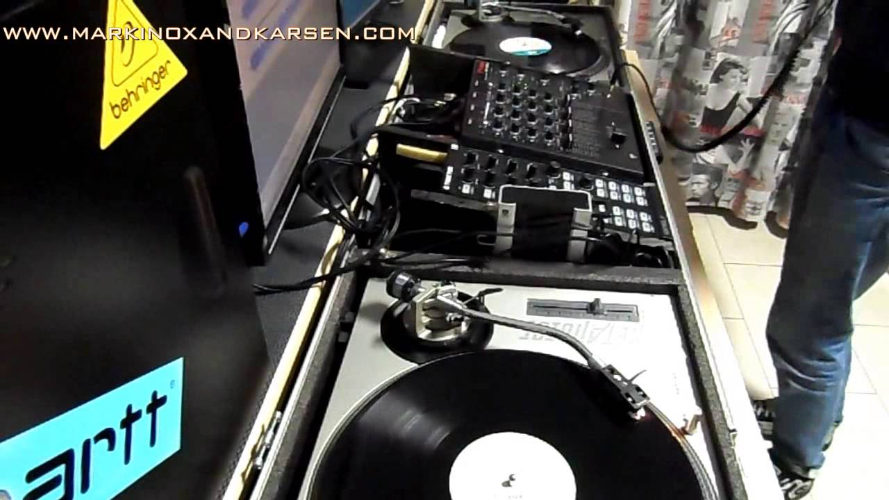 Karsen dj vinyl mix dance funky house 90 2000 youtube for Funky house classics 2000