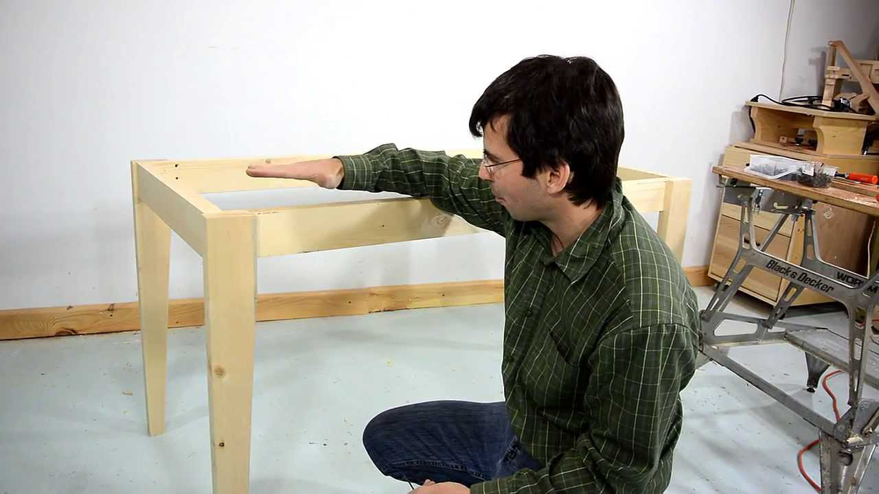 How to make a simple table - YouTube