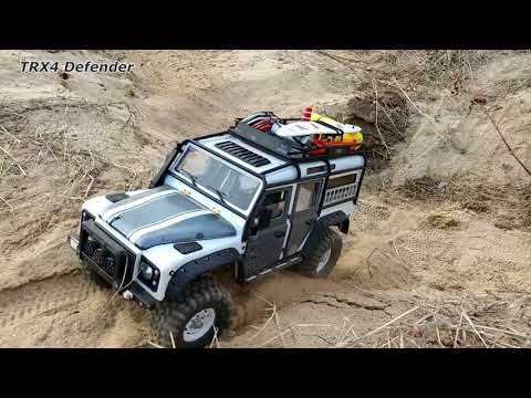 Traxxas TRX4 Defender - river-side sand driving