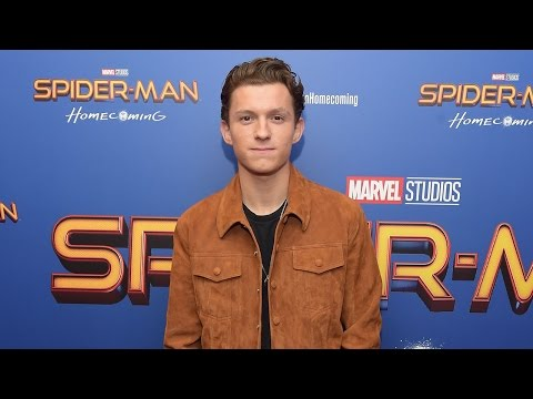 Download Youtube: EXCLUSIVE: Tom Holland on Meeting Former 'Spider-Man' Stars Tobey Maguire & Andrew Garfield