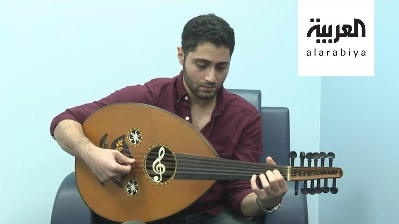 صباح العربية شبان سعوديون يعزفون أغان أجنبية على العود Youtube