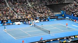 Andy Murray vs. Michael Llodra. 2 Brilliant Rallies to win 2nd Set -  Australian Open 2012