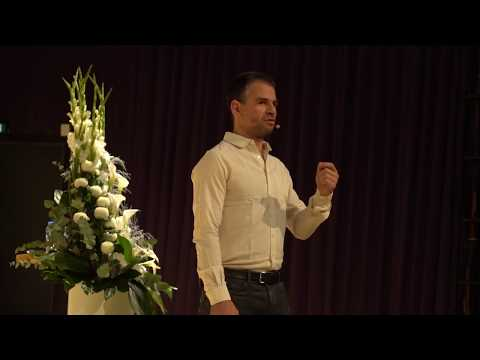 The Big Picture - Keynote - Assaf Biderman - CREATING URBAN TECH 2017