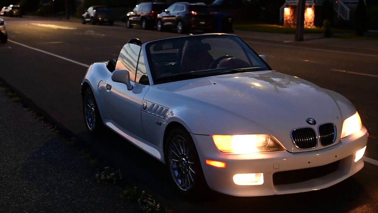 finally replacing the horrible bmw z3 subwoofer  [ 1280 x 720 Pixel ]