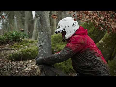 Clarkson Gets Stuck In Mud - Grand Tour Season 1 Episode 13