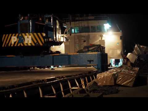 Sumba Timur - Pelabuhan Waingapu  | Travel Blog Indonesia