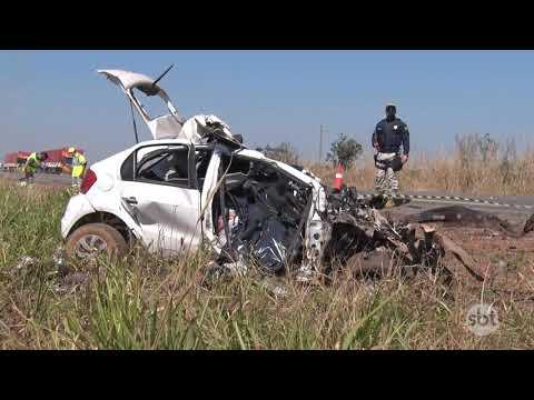 Três homens morrem em grave acidente envolvendo veículo de passeio e caminhão na BR-163