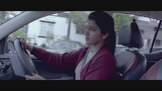 Dhansika looks for Varnika - Enga Amma Rani scene