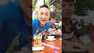 Huấn Hoa Hồng tự tay khoa toàn bộ Facebook vì bị Minh Long bóc phốt