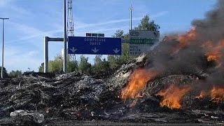 کولی ها یک بزرگراه بین شهری را در شمال فرانسه مسدود کردند