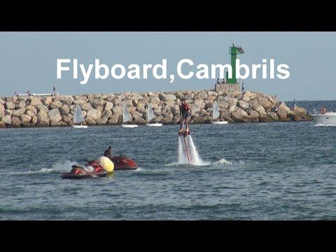 Flyboard , el invento para volar sobre las olas, Cambrils,Tarragona