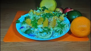 Легкий салат с авокадо и апельсином