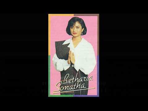 Lagu Batak - Nasib Si Bari-Bari by Betharia Sonata