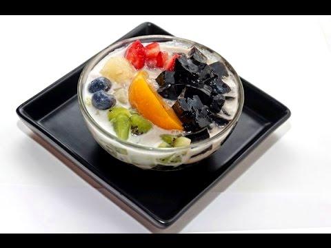 How to Make Chinese Grass Jelly Drinks - Cincau Hitam 炼奶涼粉冰【清凉解暑甜品】