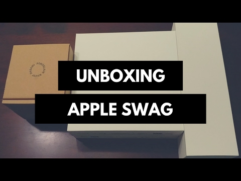 Unboxing Apple Swag from One Infinite Loop