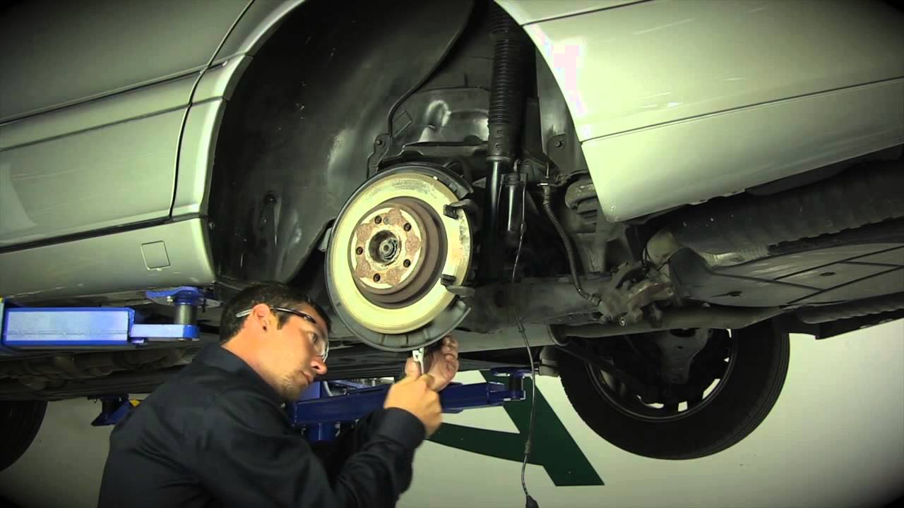 MercedesBenz SClass Rear Air Strut Removal and