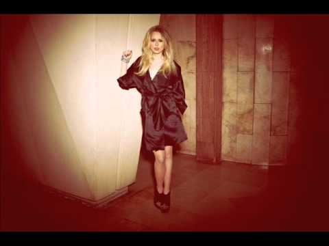Diana Vickers covers Don't Come Around Here No More