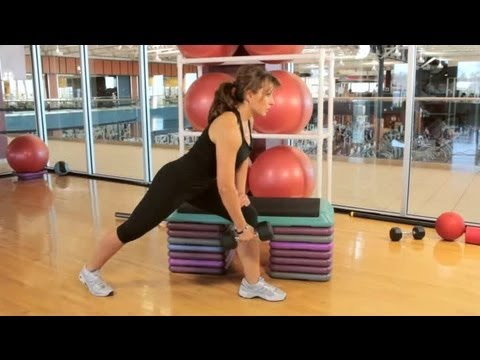The Correct Posture for One-Arm Dumbbell Rows : Weightlifting & Fitness