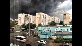 Ураган в г. Семей (14.06.2015)(На Семей обрушился шквальный ветер Непогода разыгралась в Семее под вечер 14 июня. Шквальный порывистый..., 2015-06-15T06:07:31.000Z)