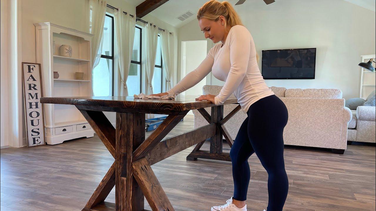 Beautiful and Easy Farmhouse Table Build - 12