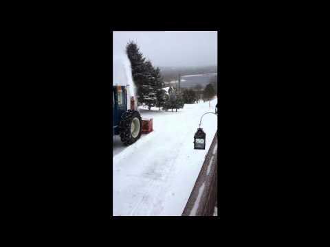 20130209 Snow Blower, Douglas, New brunswick