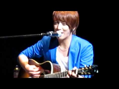 (HD Fancam) CNBLue Yonghwa - Song For A Fool