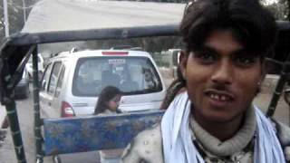 conversation with cycle rickshaw driver in Delhi Lajpat Nagar 2 of 2