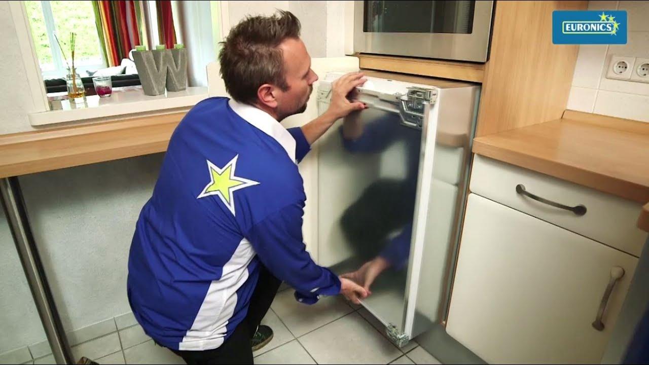 Aeg Kühlschrank Festtür Montage : Euronics anschluss gefrierschrank kühlschrank youtube