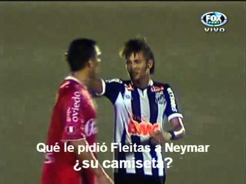 Fleitas pidió cambio de camiseta a Neymar  (Aurich 1 - Santos 3)